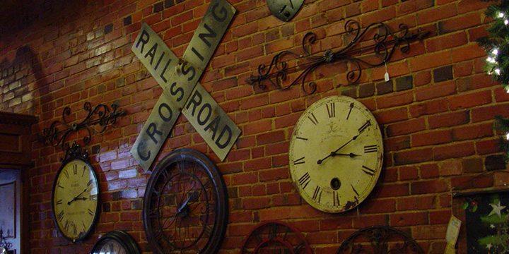 clock railroad